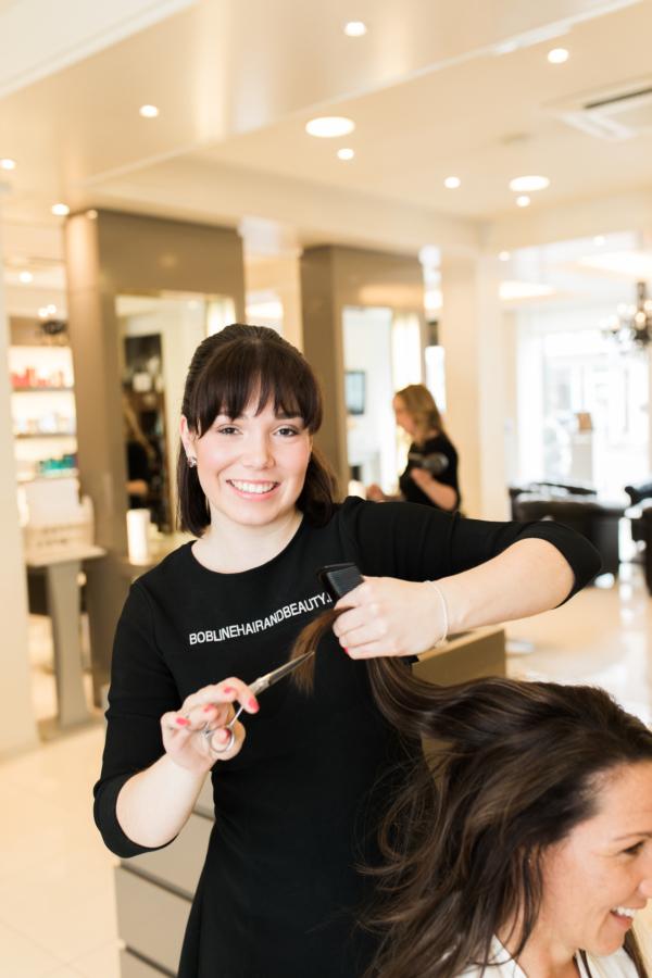 Linda haar styliste bij Bobline Hair & beauty